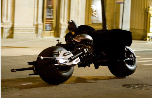 Christian_Bale_The_Dark_Knight